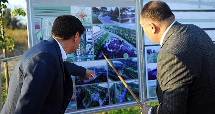 Подготовка к строительству пешеходной дороги по Южной магистрали Бишкека