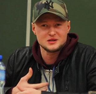 Солист группы Бумбокс рассказал, что ему нравится в Кыргызстане. Видео