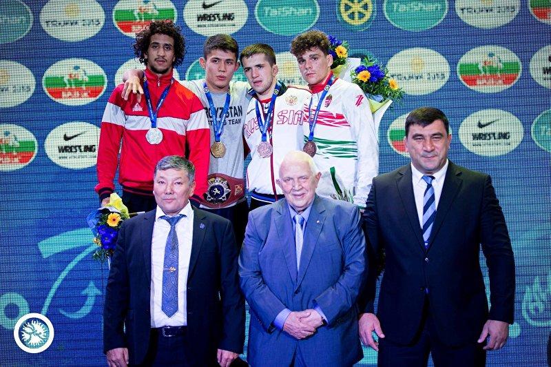 Борец греко-римского стиля из Кыргызстана Эрбол Бакиров стал победителем молодежного чемпионата мира в весовой категории до 63 килограммов