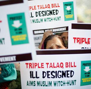 Активистки движения Женщины Индии во время акции протеста против мгновенного развода (тройной талак) в Нью-Дели. 4 января  2018 года