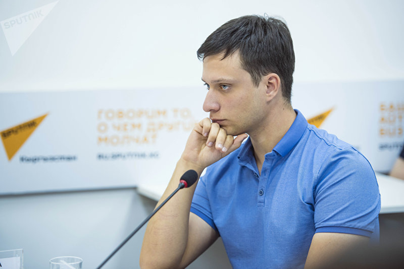 Руководитель проекта Школа ответственных родителей Антон Путилин