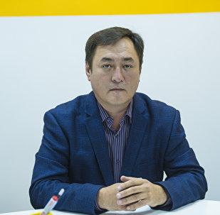 Заведующий отделением экстренной, плановой, консультативной медицинской помощи (ОЭМП) Национального госпиталя Нарынбек Акматов
