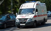 Автомобиль скорой помощи на одном из улиц Алматы. Архивное фото