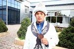 Бүгүн, 21-сентябрда Ош эл аралык аэропортунан грек-рим күрөшү боюнча жаштар арасында өткөн Дүйнө чемпионатынан байгелүү кайткан Акжол Махмудовду эл тосуп алды