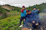Рустамбек Жаналиев үй-бүлөсү менен Россиянын Таймыр жарым аралында жашайт.