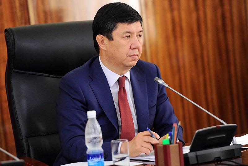 Премьер-министр Темир Сариев на заседании правительства . Архивное фото
