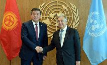 Архивное фото президента КР Сооронбая Жээнбекова с Генеральным секретарем ООН Антониу Гутерришем