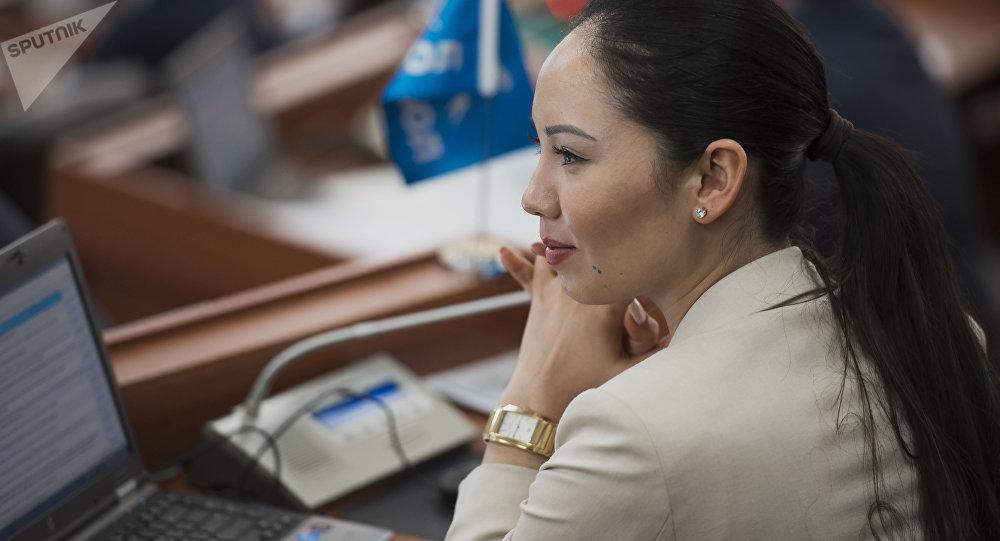 Депутат ЖК 6 созыва Лунара Мамытова от партии Бир Бол. Архивное фото