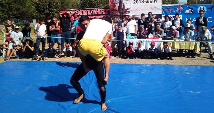 Чемпионат по грэпплингу в Джалал-Абаде