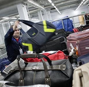 Прием багажа в аэропорту. Архивное фото