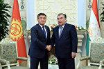 Встреча президента КР Сооронбая Жээнбекова с главой Таджикистана Эмомали Рахмоном в Душанбе
