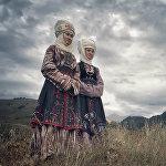 Фотограф Нарын, Ысык-Көл, Ош облустарындагы жергиликтүүлөрдү сүрөткө тарткан