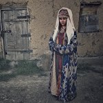 Элечек — кыргыздардын улуттук баш кийими. Аны аялзаты турмушка чыккандан кийин кийген