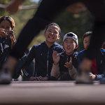 Балдардын кылмыштуулугунун алдын алууга арналган иш чара Каражыгач токоюнда өтүп, ага ондогон мектептин окуучулары катышты