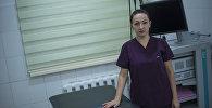 Кандидат медицинских наук, проктолог Елена Решетина в рабочем кабинете