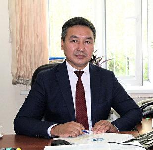 Социалдык фонддун басма сөз кызматынын жетекчиси Жеңишбек Муканбетов