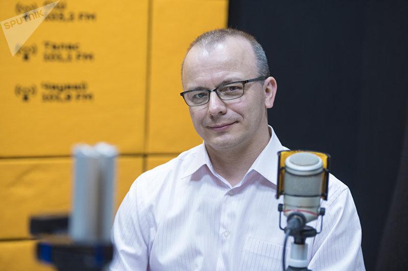 Замдиректора Института фундаментальных наук Кемеровского государственного университета Владимир Мишечкин