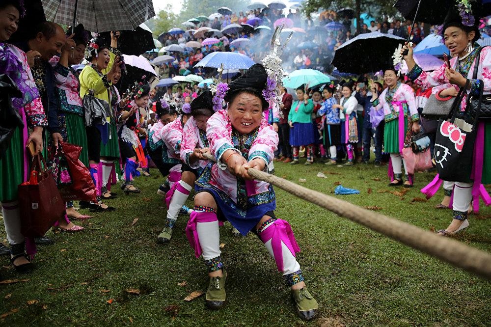 Кытайдын Жуньшунь автономдуу уездинде элдик майрам өттү