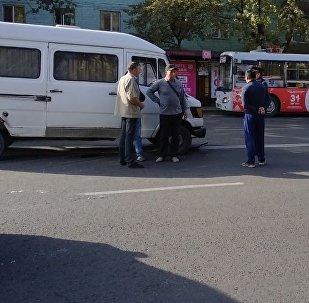 Наезд на инспектора УОБДД ГУВД в Бишкеке