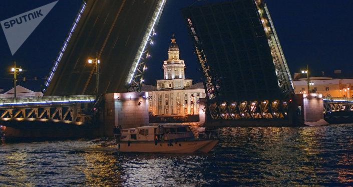 Санкт-Петербург шаары. Архивдик сүрөт