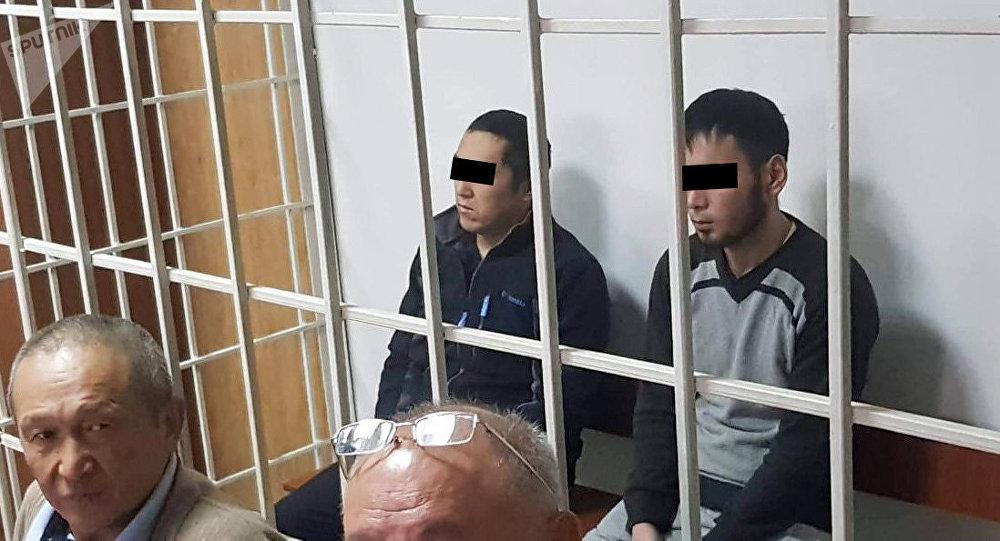 Обвиняемые на судебном заседании по делу об убийстве Бурулай Турдали кызы