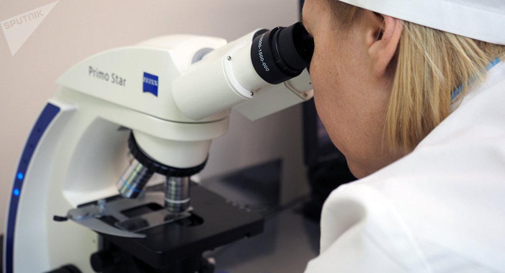 Микробиологическая лаборатория. Архивное фото