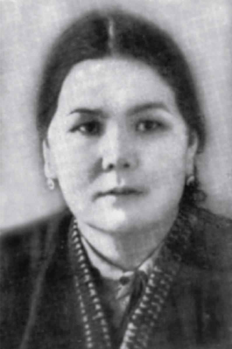 В истории кыргызского суда Фатима Чапиевна была первой женщиной - председателем Верховного суда.