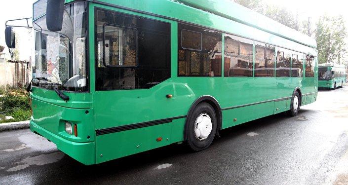 На Ошском городском муниципальном автотранспортном предприятии (ОГМАП) состоялась презентация автоматизированных систем электронного билетирования