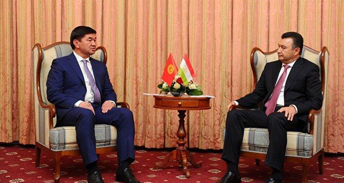 Премьер-министр Мухаммедкалый Абылгазиев и глава правительства Таджикистана Кохир Расулзода обсудили перспективы сотрудничества