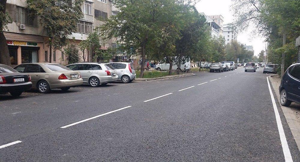 На улице Уметалиева в Бишкеке завершились ремонтно-восстановительные работы, она открыта для автомобильного движения