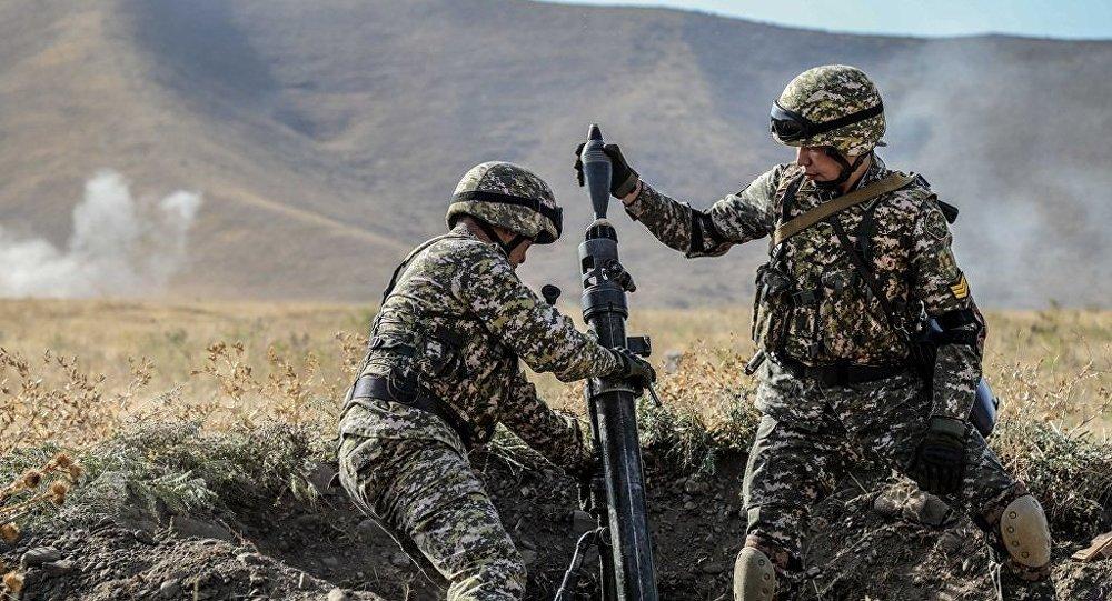 В пятницу, 12 октября, на полигоне Ала-Тоо управления Государственной пограничной службы по Чуйской области состоялось командно-штабное учение Заслон