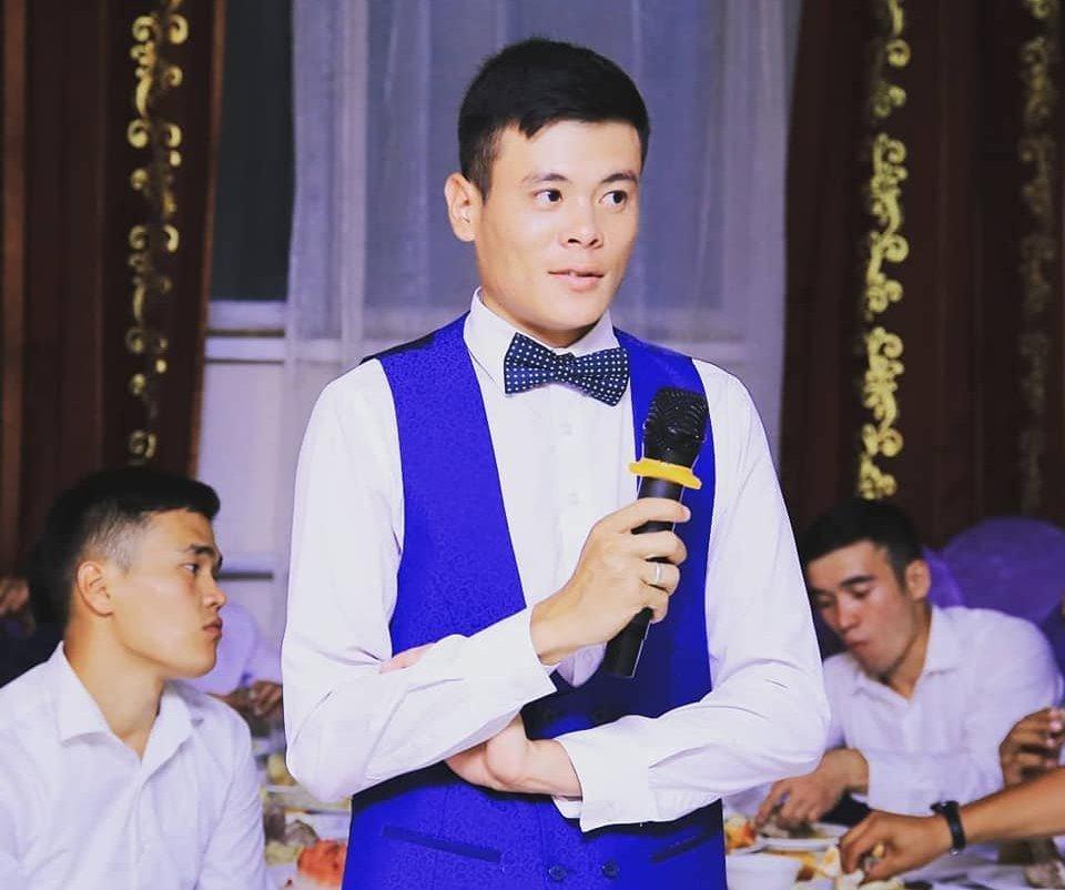 Учитель информатики в школе №85 жилмассива Бакай-Ата Адилет Амангулов