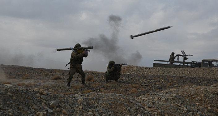 Всего в них задействовали около двух тысяч военнослужащих, 300 единиц техники и порядка 40 летательных аппаратов, в том числе беспилотные.