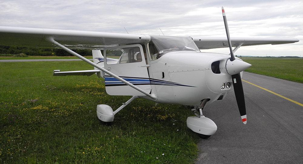 Легкий самолет. Архив