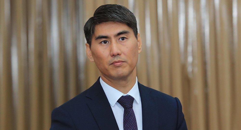 Тышкы иштер министри Чыңгыз Айдарбеков. Архивдик сүрөт