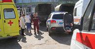 У Политехнического колледжа в Керчи, в котором произошел взрыв.