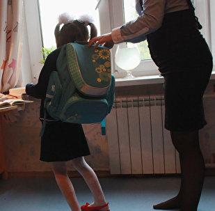 Подготовка первоклассника к школе. Архивное фото