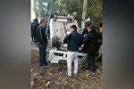 В Бишкеке авто перевернулось после ДТП, есть пострадавшие — видео