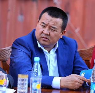 Президенттин аппарат жетекчисинин мурдагы орун басары, экс-президент Алмазбек Атамбаевдин кеңешчиси Икрамжан Илмияновдун архивдик сүрөтү