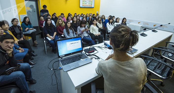 Мастер-класс студентам Кыргызского национального и Бишкекского гуманитарного университетов, а также КТУ Манас
