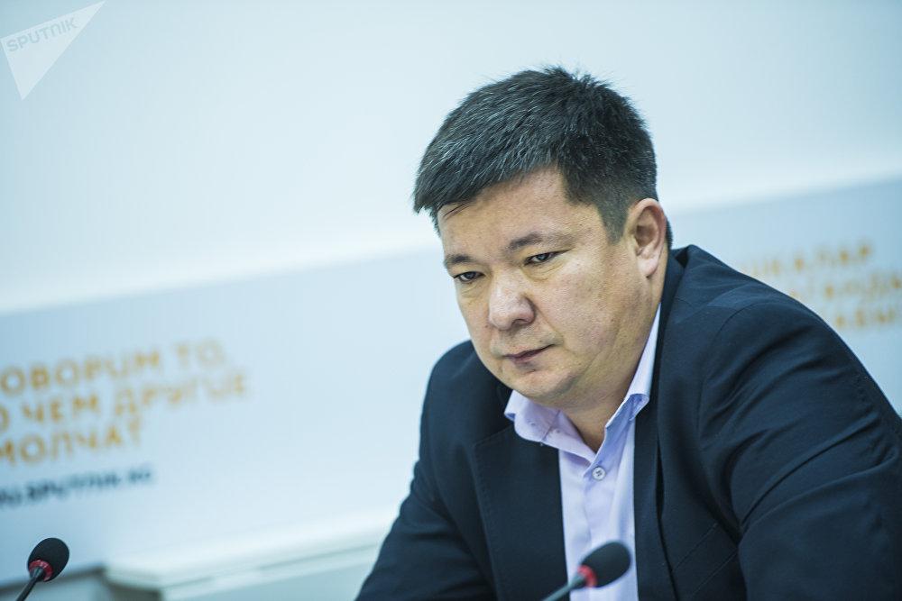 Замдиректора дирекции качества безопасности полетов ОАО Международный аэропорт Манас Бахтияр Турсунбаев