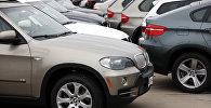Автомобили BMW X5. Архивное фото