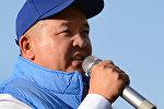 Экс-президент Алмазбек Атамбаевдин кеңешчиси Икрамжан Илмияновдун архивдик сүрөтү