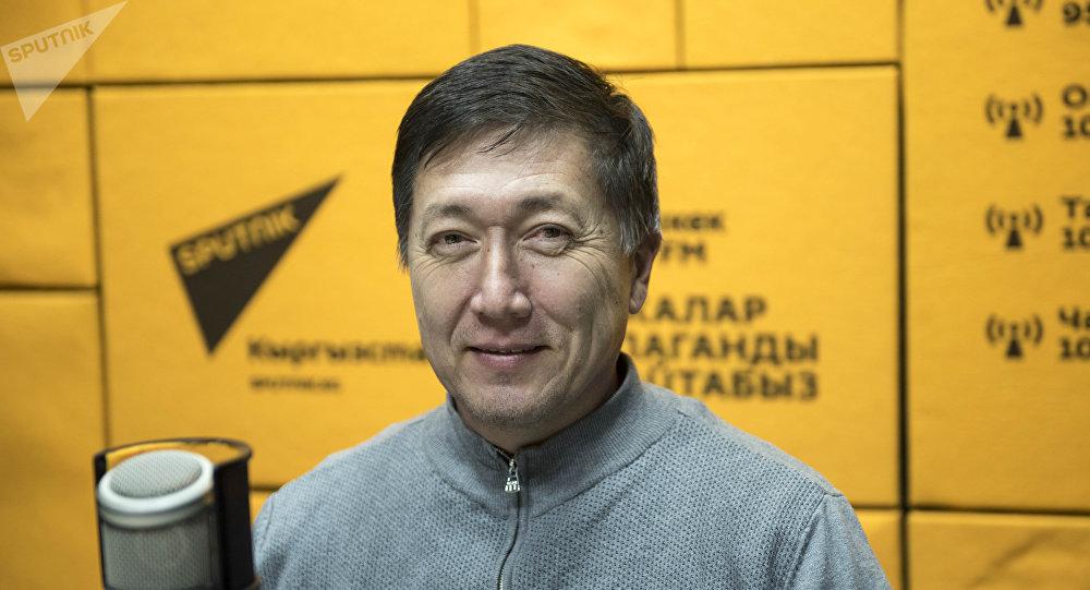 Действительный член Европейской ассоциации урологов, кандидат медицинских наук, доцент Зуфар Хакимходжаев. Архивное фото