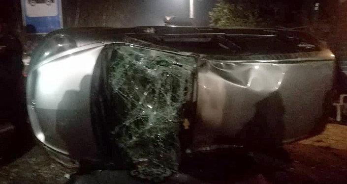 На пересечении улиц Орозбекова и Баялинова в Бишкеке произошло ДТП с участием двух автомобилей Honda Fit