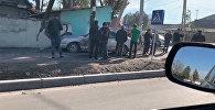 Бишкек: кечээ жол кырсык болгон жерде бүгүн да унаалар кагышты. Видео
