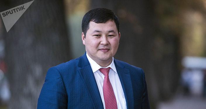 MegaCom компаниясынын жетекчиси Акылбек Жамангулов. Архивдик сүрөт
