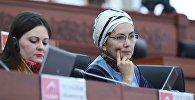Өлкөнүн мурунку Аида Салянова. Архивдик сүрөт