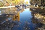 Из емкостей Кантского нефтеперерабатывающего завода вылилось и попало на трассу топливо