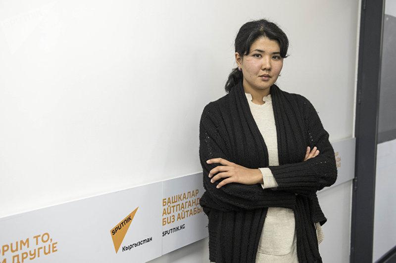 Учительница английского языка Мээрим Шамырканова